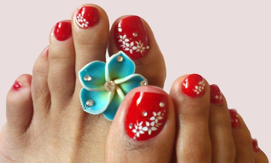 Red Beads Toe Nail Design