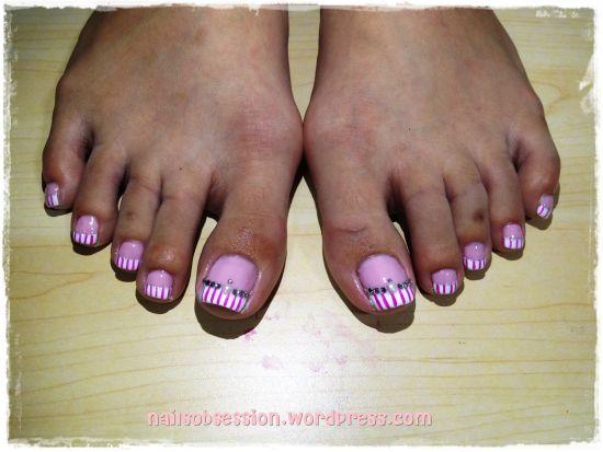 Two Tone Toe Nail Designs