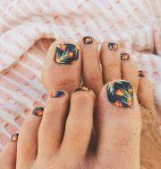 exhilarating summer toe nail