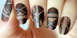 Geometric Brown Nails