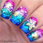 nail design with glitter