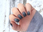 gorgeous grey nails