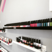unique nail salon
