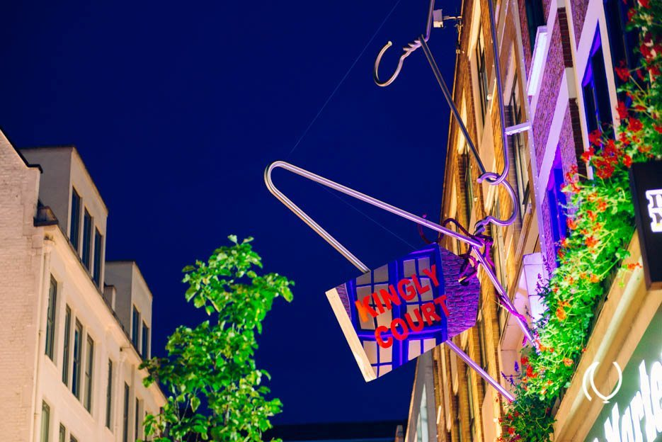 EyesForLondon-Luxury-Naina.co-Raconteuse-Visuelle-Visual-StoryTeller-Photographer-Day-10-Carnaby-Style-Night-GQ-Sept-2013