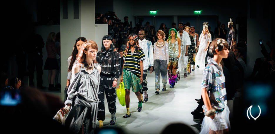 EyesForLondon-Luxury-Naina.co-Raconteuse-Visuelle-Visual-StoryTeller-Photographer-London-Fashion-Week-Ashish-Catwalk-Sept-2013