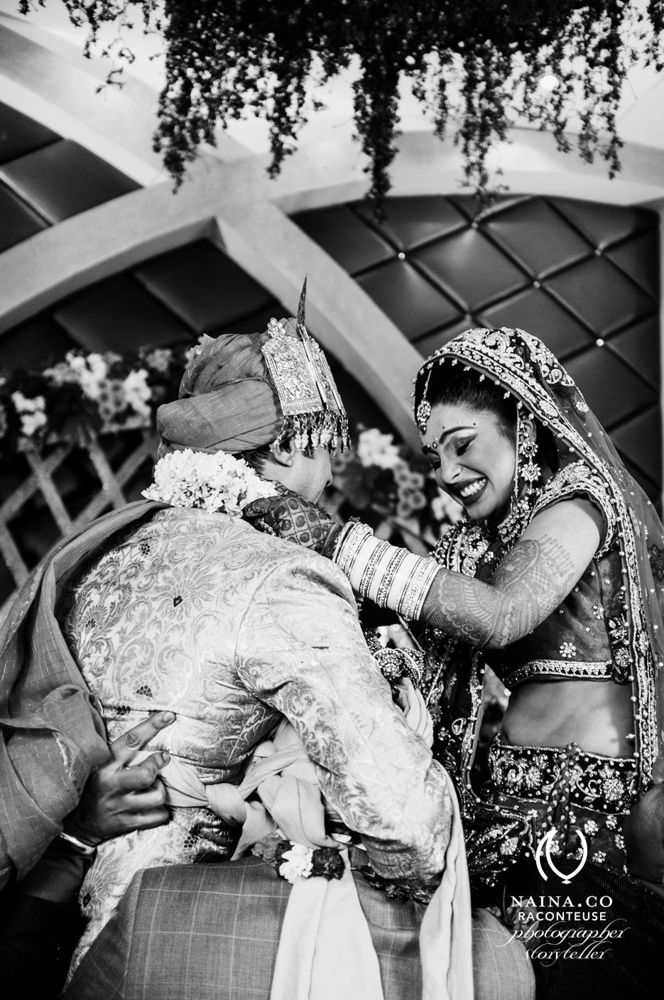 Naina.co-February-2014-Bride-Groom-Jaimala-Varmala-Marriage-Ceremony-India-Photographer-Storyteller-Raconteuse