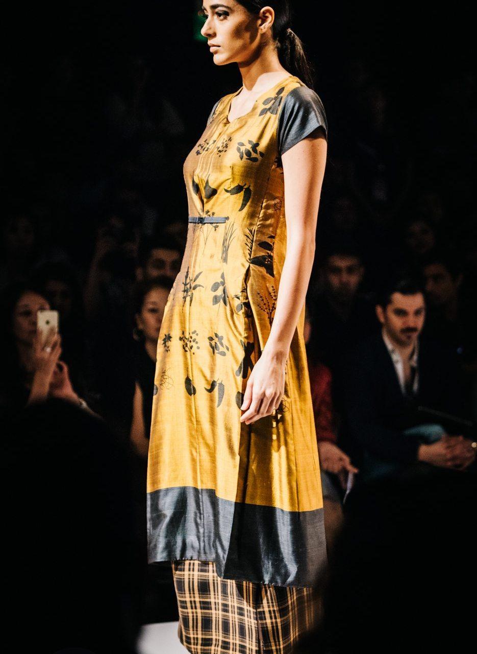 Naina.co-Raconteuse-Visuelle-Photographer-Blogger-Storyteller-Luxury-Lifestyle-AIFWAW15-Amalraj-Sengupta