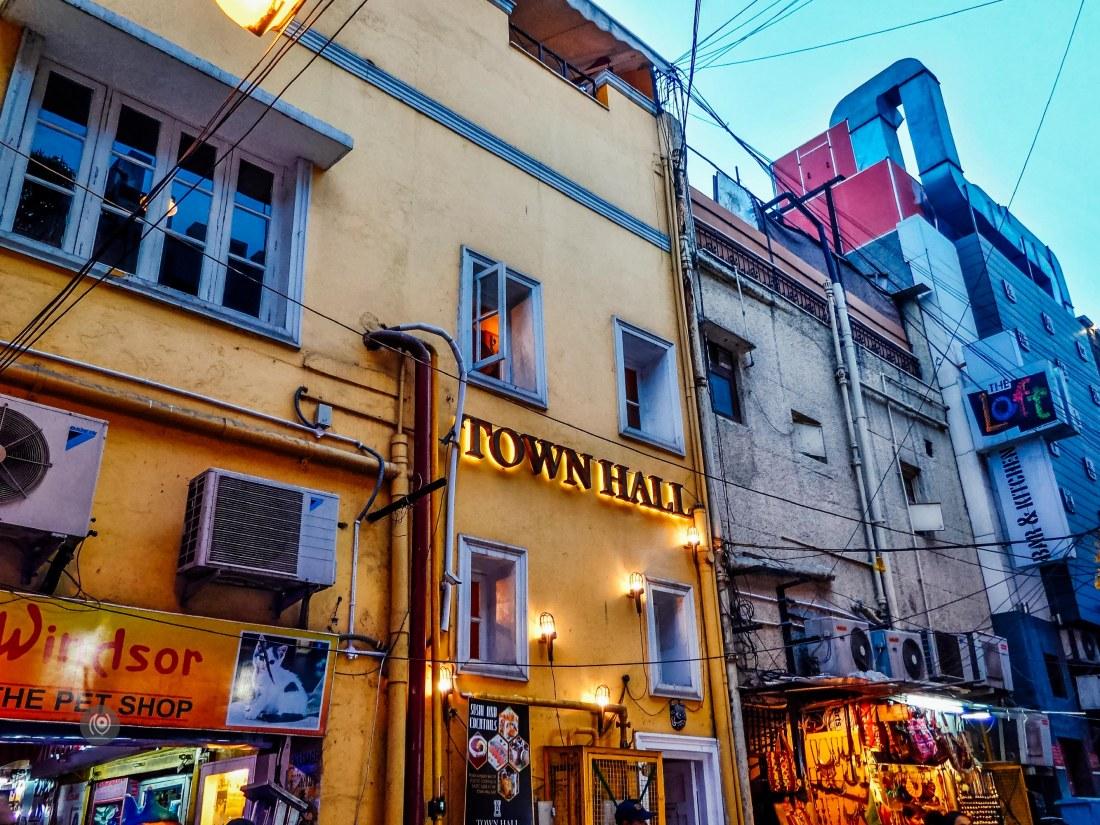TownHall, Khan Market, #EyesForDining, Naina.co, Naina Redhu, Luxury, Lifestyle, Photographer, Blogger, Experience Collector