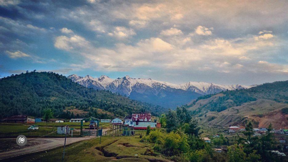 Sunny Day in Menchukha, Menchukha Valley, Menchuka, Mechuka, Arunachal Pradesh, Assam, Flight, Travel Photographer, Travel Blogger, Luxury Photographer, Luxury Blogger, EyesForDestinations, EyesForArunachal, #EyesForDestinations, #EyesForArunachal, Insect Bite, Yargap Chu, Yargapchu River