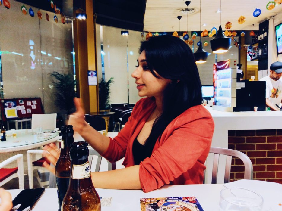 Naina.co, Visual Storyteller, Luxury Brands, Naina Redhu, Professional Photographer, Experience Collector, Luxury Photographer, Luxury Blogger, Lifestyle, Visual Storyteller for Luxury Brands, EyesForLuxury, Luxury Blogger, Lifestyle Blogger, Luxury Photographer India, Lifestyle Photographer India, Luxury Blogger India, Lifestyle Blogger India, Personal Style Blogger, Personal Style Photographer, Personal Style, Event Photographer, Event Blogger, Event Photographer India, Event Blogger India, Hobgoblin Beer, #FriendsOfTheGoblin, Ruby, Bitter, Smooth, Beer, Sweet, Full Bodied, Alcohol, The Beer Cafe, Cyber Hub, #EyesForGurgaon, #EyesForGurugram, Party, Karina Aggarwal, GiggleWater, Wychwood Brewery, Beer Launch