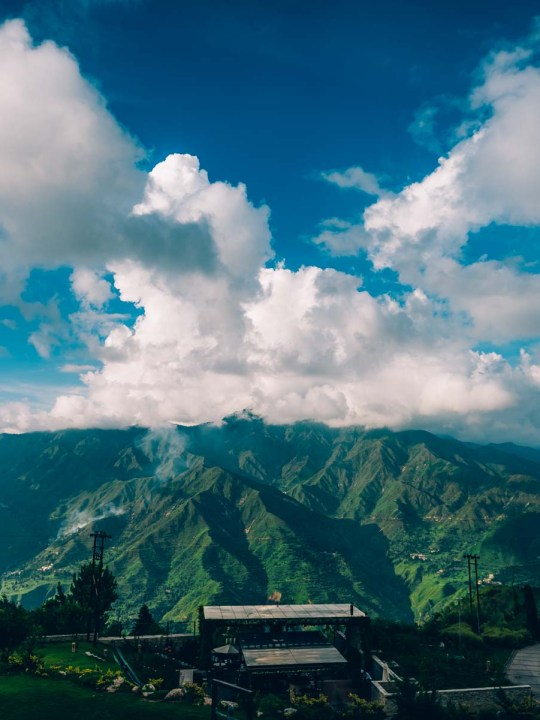 Naina Redhu, Naina.co, EyesForDestinations, EyesForDining, Mussoorie, JW Marriott, Marriott International, Walnut Grove, Resort, Spa, Cedar Spa, Teppanyaki, Teppan, Trout Grill, Bar, JW Cafe, Uttarakhand, Mussoorie, Tourism, Travel, India, EyesForIndia, Content Strategist, Content Strategy, Incredible India, Digital Strategy, Online Strategy, Content Queen, Marriott Mussoorie, Food, Restaurant, Massage, Content Queen, Lifestyle Photographer, Photography, Professional Photographer, Lifestyle Blogger, Lifestyle Content, Travel Blogger, Travel Photographer, Travel Content, Hospitality, Hotel