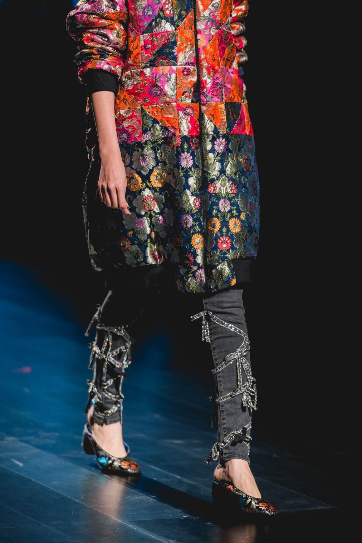 Naina Redhu, Naina.co, Australian High Commission, High Commission of Australia, Artisans of Fashion, Romance Was Born, We Are Kindred, Cassandra Harper, Roopa, Australian Fashion Designers, Australian Government, Fashion Designer, FDCI, Lotus MakeUp India Fashion Week Spring Summer 2019, LMIFWSS19, LMIFW, India Fashion Week, Fashion Week Delhi, MadeInIndia, Made In India, EyesForFashion, Professional Photographer, Blogger, Fashion Photographer, Lifestyle Photographer, Luxury Photographer, Delhi Photographer, Gurgaon Photographer, Delhi Blogger, Gurgaon Blogger, Indian Blogger