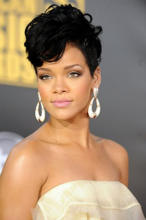 Rihannas New Lookgt Bright Red Hair Hot Or Not