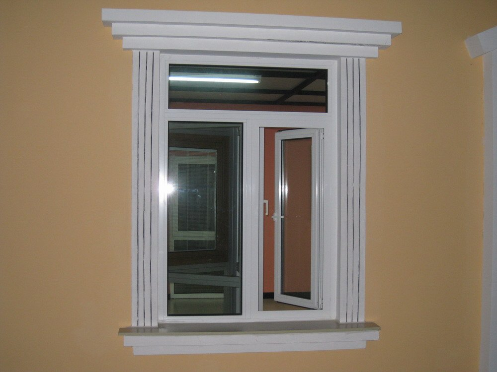 Offergt Aluminium Casement Window With Mosquito Net And
