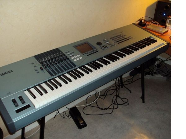 And Used Keyboards Pianos Midi Controller
