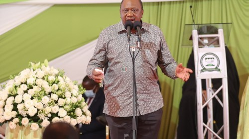 Uhuru Talks On Msambweni By-Elections As He Lectures Atwoli and Malala
