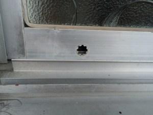 破損した戸車