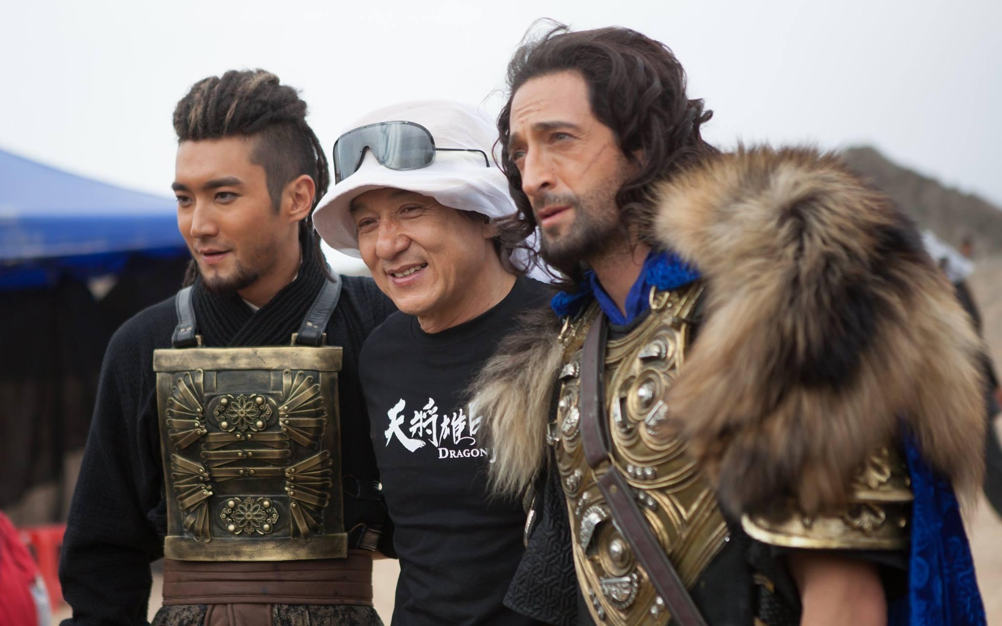 Movie review of dragon blade starring jackie chan, john cusack, adrien brody, siwon choi, mika wang, lin peng, jozef liu waite. Trailer de 'Dragon Blade' con Jackie Chan y John Cusack ...