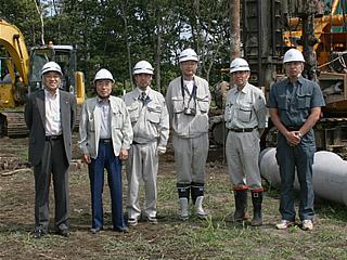 左から中山社長、(株)テラダ 森永常務、宮川課長、宮本さん、小林課長、(株)テラダ 長屋さん