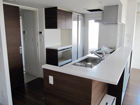 開放的な広々としたキッチン