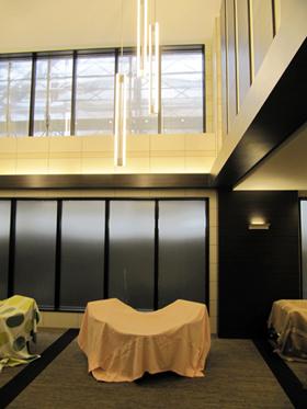 天井が高い1階エントランス部