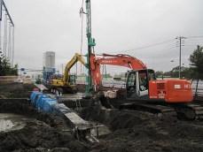 地盤改良施工の様子