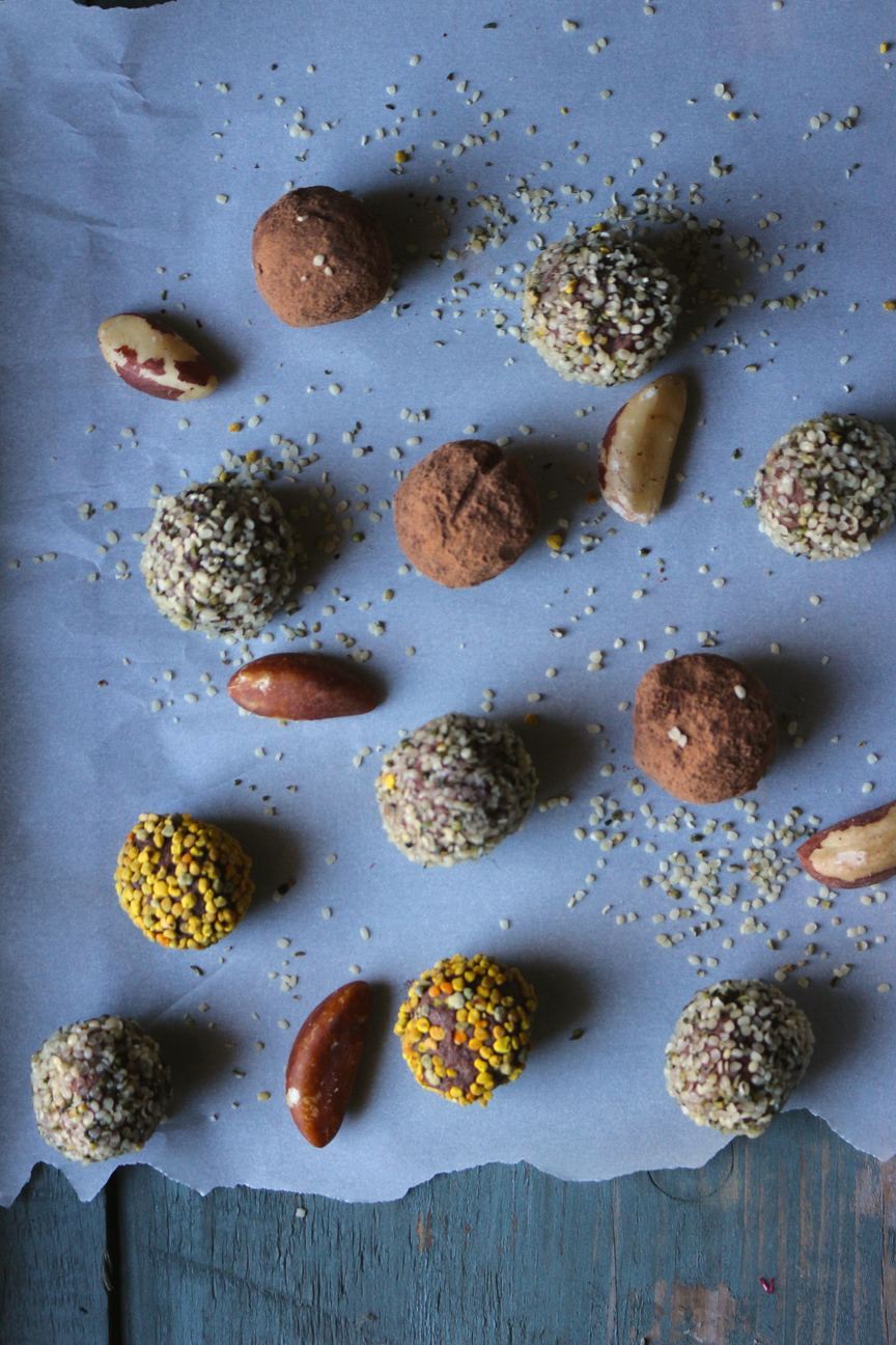 4 Ingredient Superfood Truffles