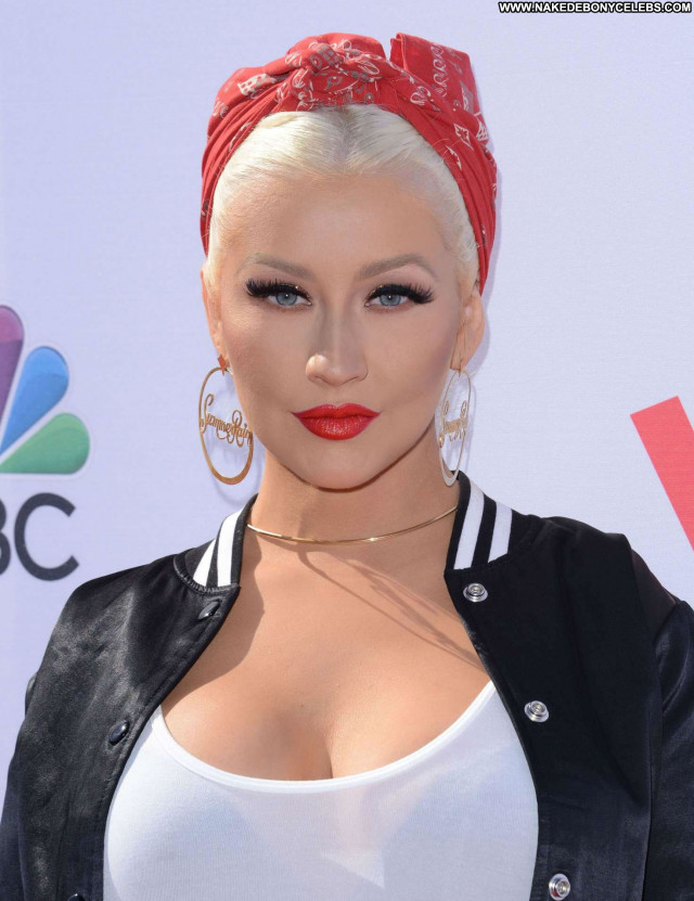 Christina Aguilera The Voice Babe Posing Hot Beautiful Celebrity