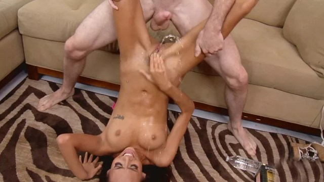 Hardcore Fucking Squirting Orgasm And The Hottest Babe Ever