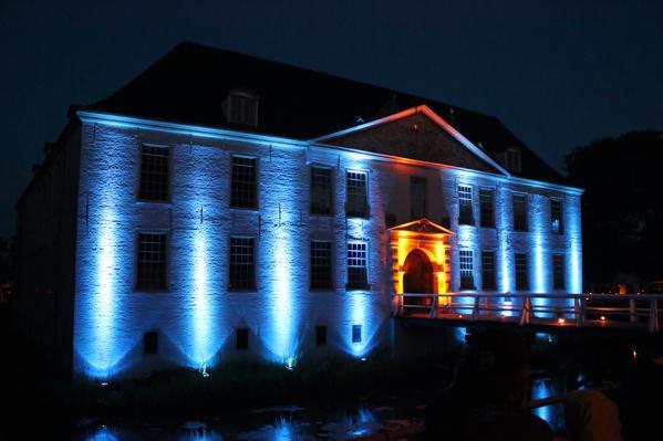 Schloss in Dornum bei Nacht