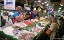 Fischverkauf im Mercat de l'Olivar