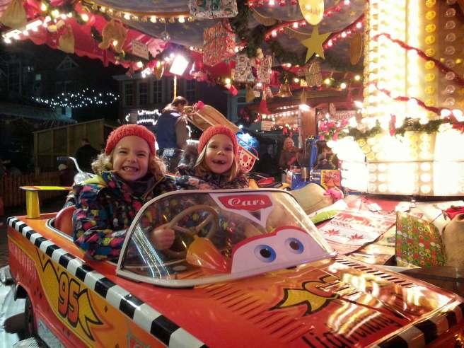 Kinderkarussell Weihnachtsmarkt Aurich