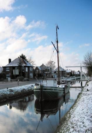 Winter am Kanal in Rhauderfehn