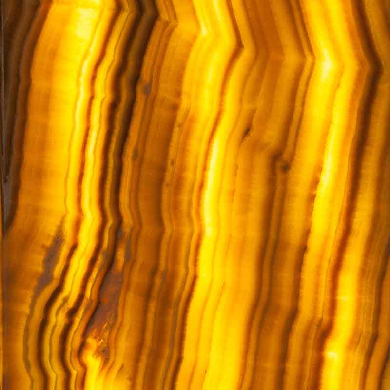 Trasparenze luminose su onice  Naldi pavimenti Novara