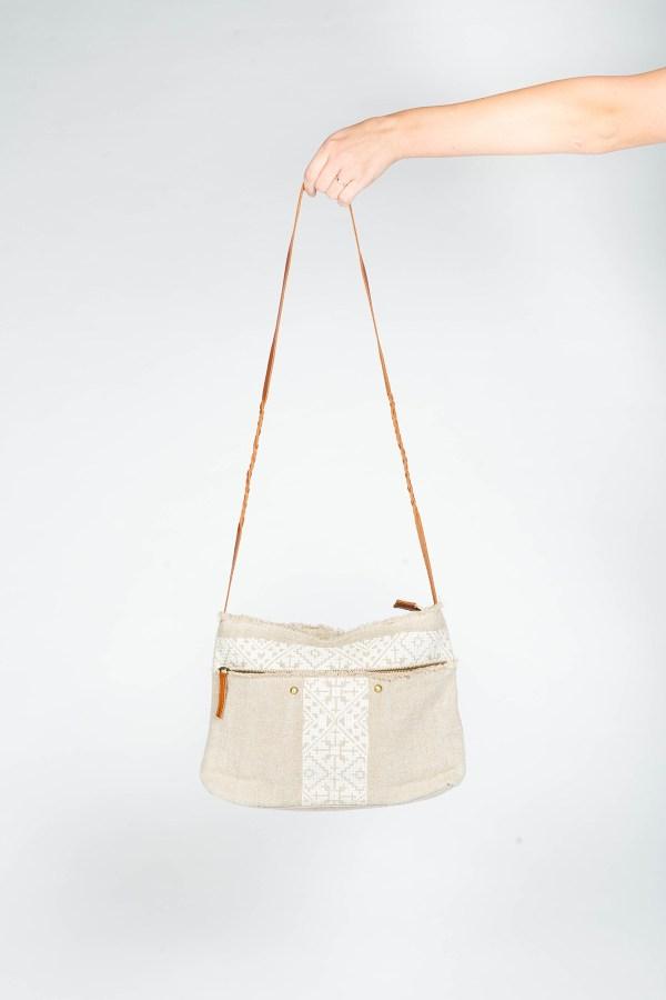 Mila Shoulder Bag White