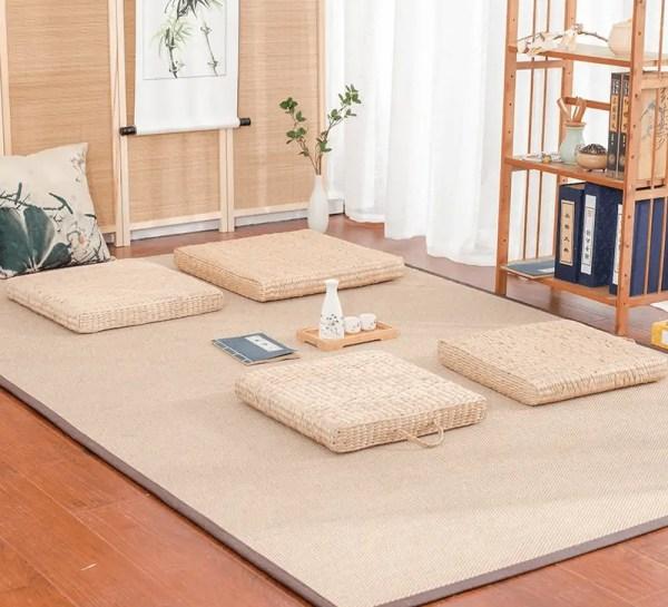 Coussin de méditation japonais en paille