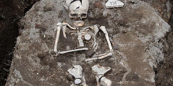 Medieval 'vampire grave' found in Bulgarian ruins - UPI.com