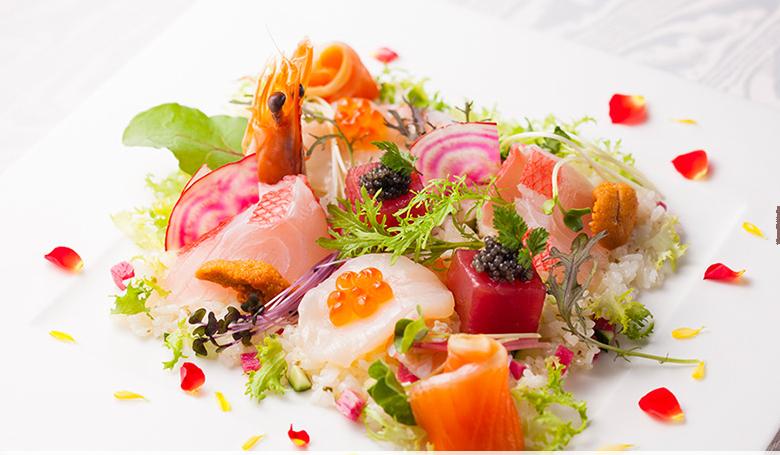 img 5e45e9b28298b - 【神奈川/横浜】料理が美味しいと評判の会費婚の結婚式場 TOP3
