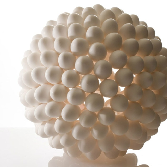 Rebirth-egg-shells-lamp-by-Nosinger