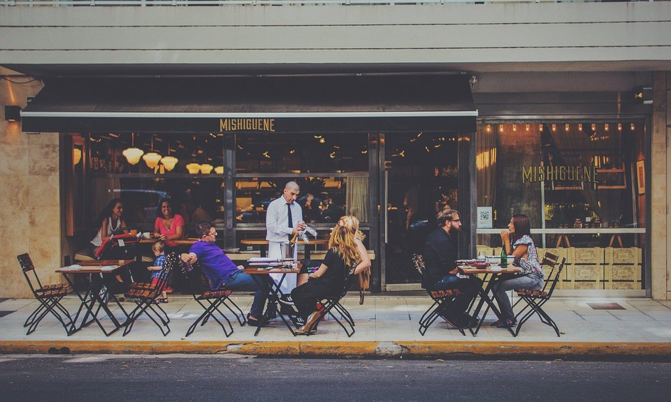 baldai barui ir restoranui
