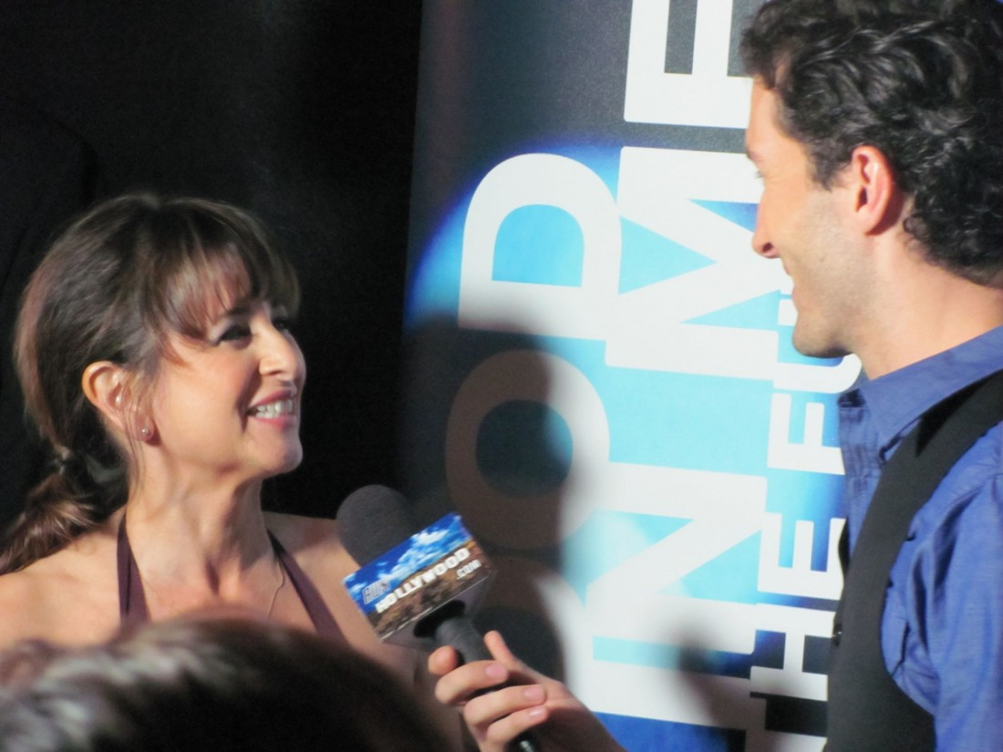 Nan Avant Red Carpet Interview with Hollywood.com
