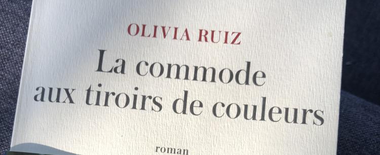 Livre: La commode aux tiroirs de couleurs Olivia Ruiz