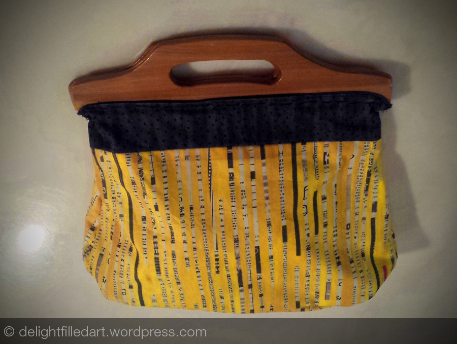 vintage wooden handles cloth bag