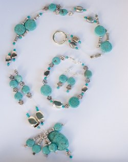 handmade turquoise and silver neclace bracelette and earings