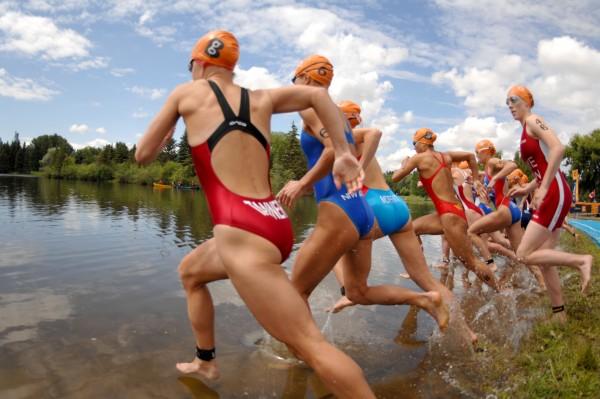 triathlon_swimstart