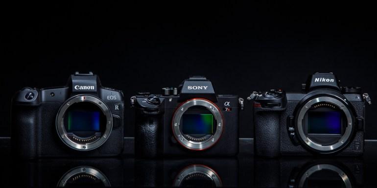 Broederlijk naast elkaar: de Canon EOS R, de Sony A7R III en de Nikon Z7