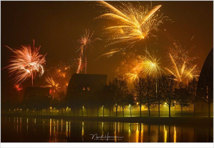 Het fotograferen van vuurwerk kan hele mooie resultaten opleveren.