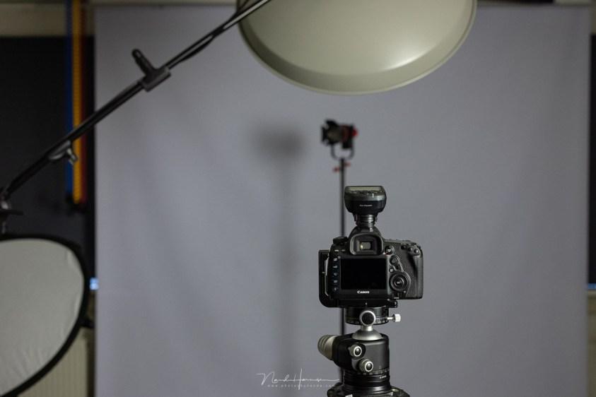 Klaar voor met een geplande lichtopstelling voor de fotosessie van Iris