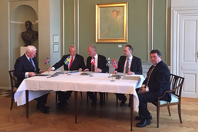 The Nordic Ministers of Defence signing the Memorandum of Understanding.  Photo: The Danish Ministry of Defence