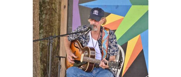 Bluesman Kenny Brown, B&J Market, July 19, 2018